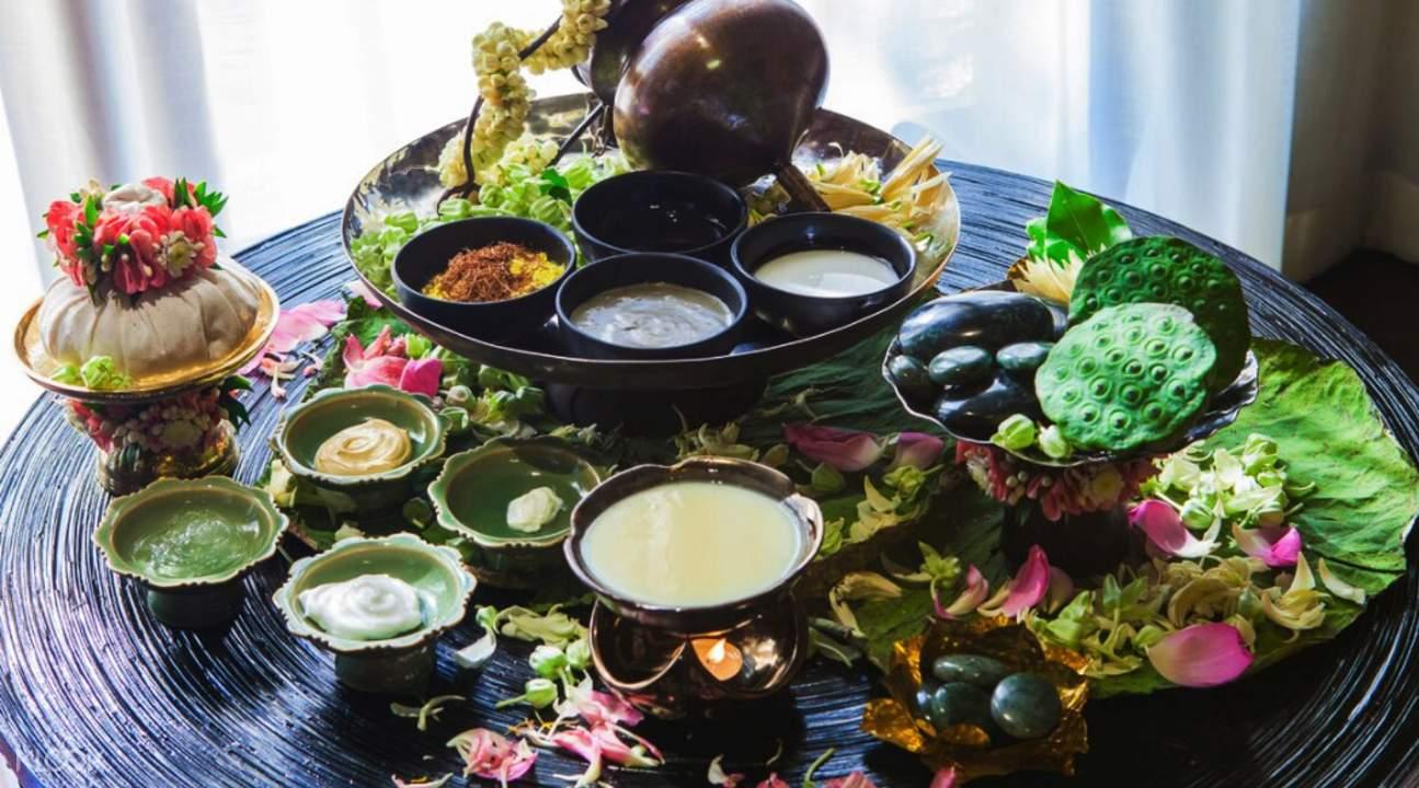 traditional thai Divana Nurture Spa in Sukhumvit 11 Bangkok Thailand